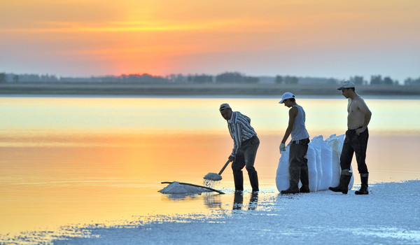 lago_de_sal_en_Siberia